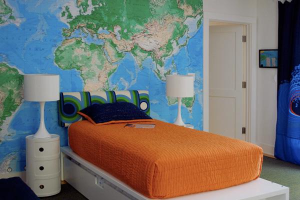 Реставрация мебели в домашних условиях: карта мира в интерьере
