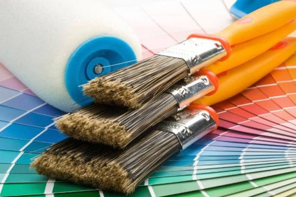 Как покрасить деревянный дом снаружи