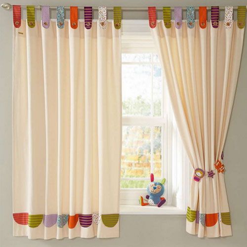 Как подобрать шторы в детскую комнату