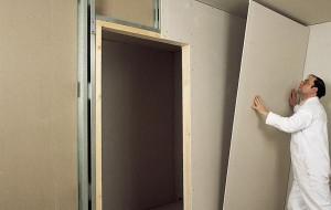 Выравнивание стен гипсокартоном и строительной пеной
