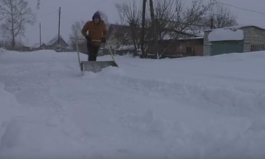 Ручной скребок для снега своими руками